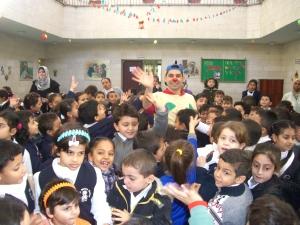 Marco con bambini di Gaza