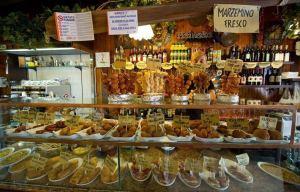 La vetrina di un bacaro veneziano (foto: blog-portaledelleosterie.it)
